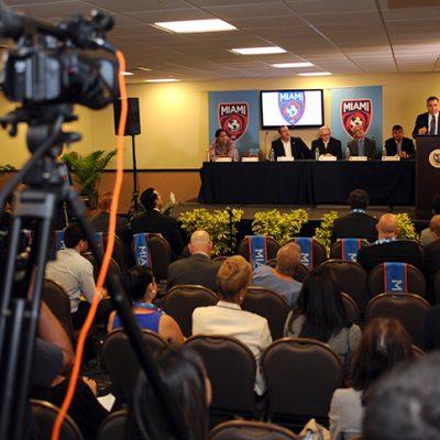 Riccardo Silva Speaking at FIU