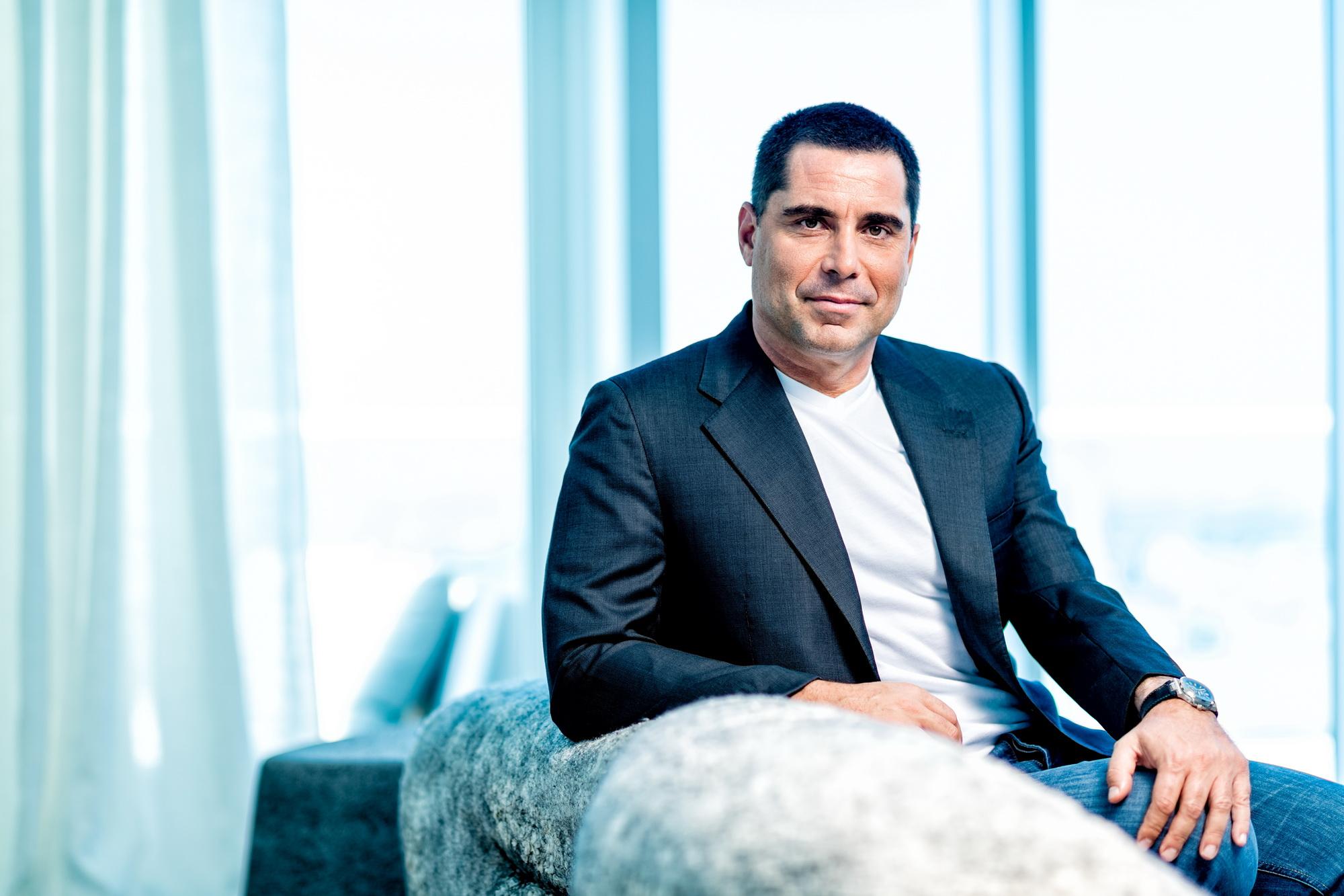 Riccardo Silva at home