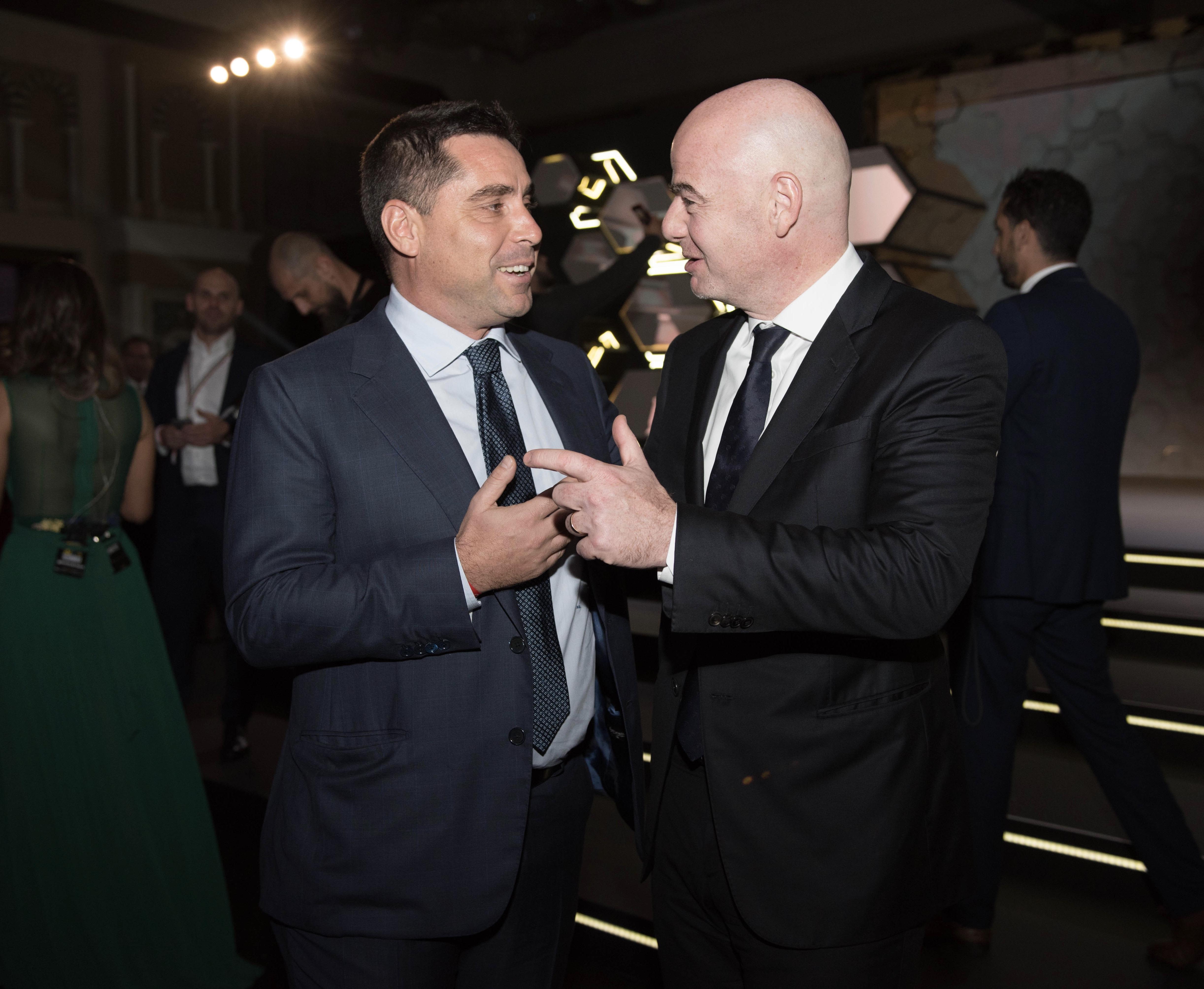 Riccardo Silva and Gianni Infantino, President of FIFA at the Globe Soccer Awards – Dubai 2017